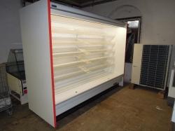 429 Přístěnná chladicí vitrina  2,5 m