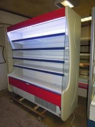 443 Přístěnná chladicí vitrina zn. Mawi délky 1,93 m